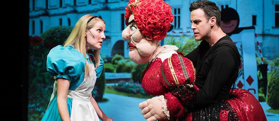 """DLUX PUPPETS: """"Alice in Wonderland"""""""